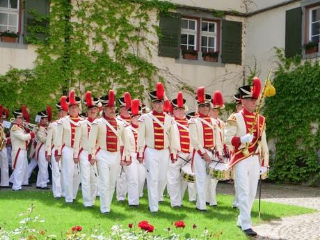 Inselfeiertag_Bürgermusik im Klosterhof